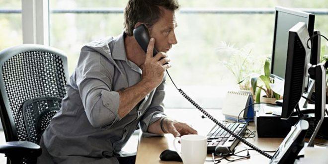 ارتباط تلفنی با مشتری