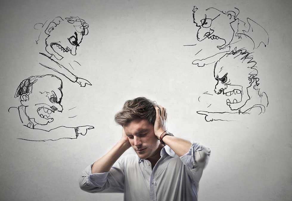 علل اضطراب و عدم انتقاد پذیری