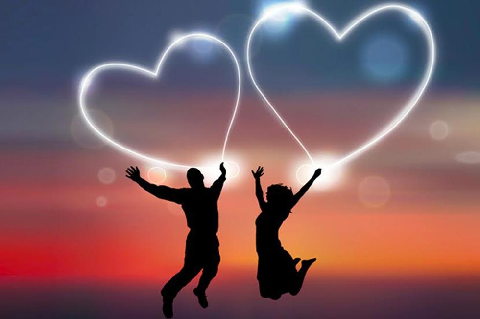 عشق در تفاوت با دوست داشتن