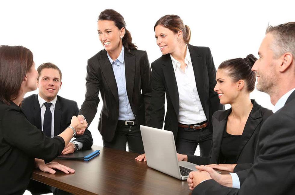 مصاحبه کاری و کار گروهی