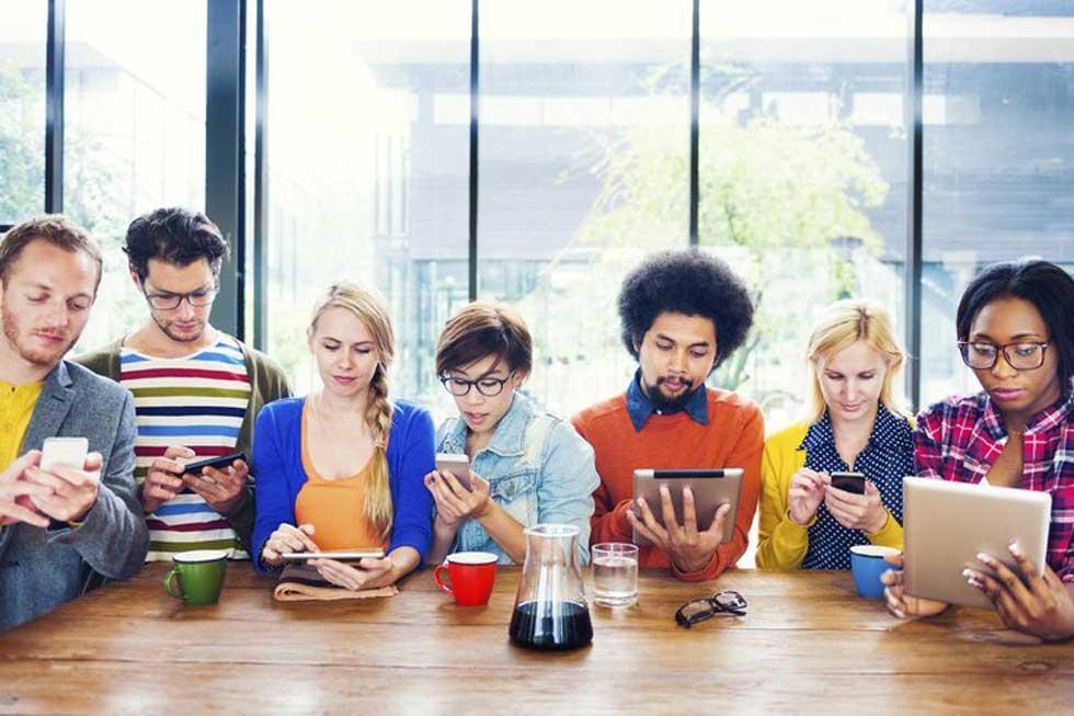گوش دادن اجتماعی و رسانه های اجتماعی