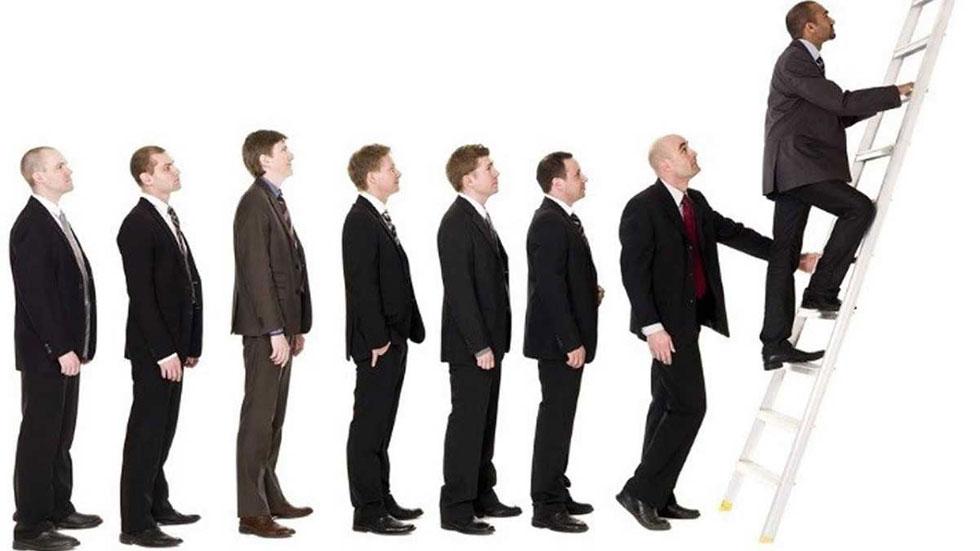رضایت کاری و ترفیع شغلی