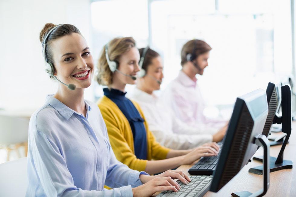 خدمات به مشتری ها و پشتیبانی
