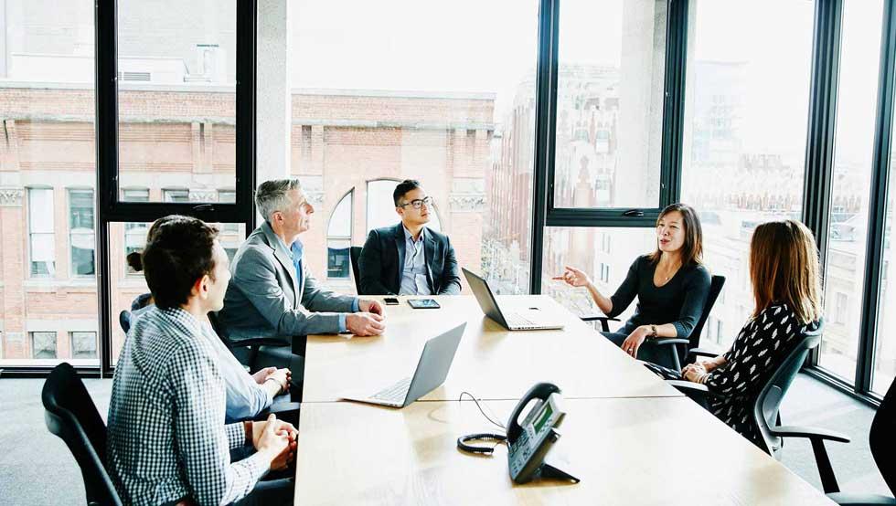 همکاری بین شرکتی و مربی
