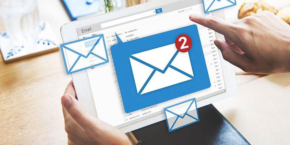 ایمیل فروش و اقدام به عمل