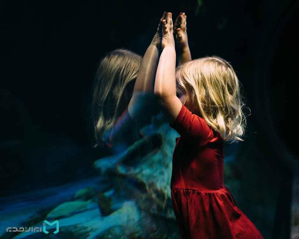 رابطه بین کمال گرایی و تجربیات کودکی